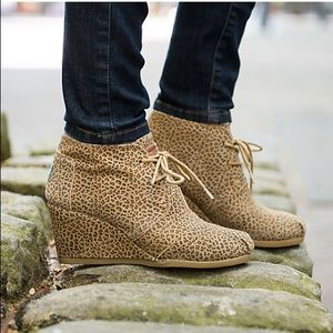 TOMS Desert Wedge Cheetah